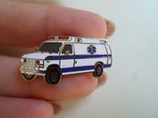 Vintage White Enamelled Old Ambulance / Medical Vehicle Tie Pin - Good Condition