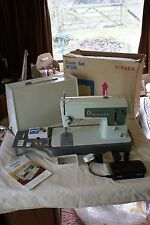 Vintage Singer 427 Sewing Machine with Pedal Instructions & Case Spares & Repair