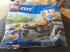 LEGO CITY .  30357 . TRAFIC LIGHT VEHICLE SET  . NEW UNOPENED POLY BAG .