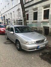 Volvo v70 2,4l 5 Zyl. 162 PS - Silber. Fahrbereit, TÜV bis 02/2022. 205 000 KM