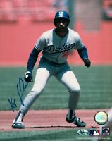 Ken Kenny Landreaux Signed 8X10 Photo Autograph Dodgers Lead Off Left Auto COA