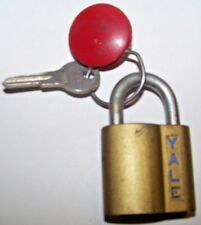 VINTAGE YALE BRASS PADLOCK WITH KEY WORKING MADE IN THE U.S.A.