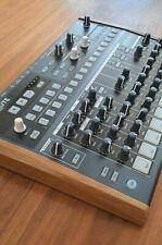 Arturia DRUMBRUTE - Analog Drum Synthesizer / Drumcomputer - fast wie neu - TOP!