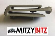 Asiento Trasero 3RD fila Clip de cinturón Para Mitsubishi Shogun Pajero MK3 LWB sólo V78 V75