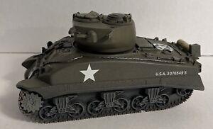 Britains 2004 US Sherman Tank Die Cast Model Military Toy Vehicle