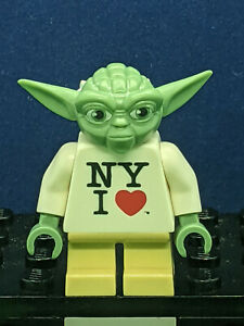 Lego Star Wars Yoda I LOVE NY 2013 Times Square Exclusive Minifigure AUTHENTIC
