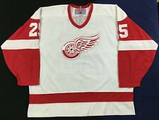 Detroit Red Wings Darren McCarty #25 Ice Hockey CCM Jersey Size2XL