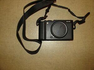 Fujifilm XA1 body