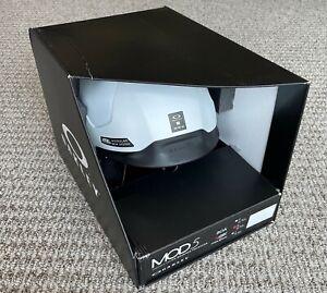 Oakley MOD5 BOA Helmet -- Size M