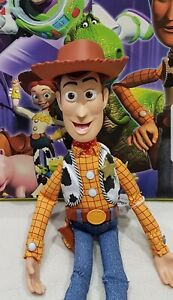 """Woody TOY STORY Talking  SIGNATURE COLLECTION """" snake in Boot"""" Christmas"""