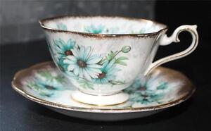 Vintage 60s ROYAL ALBERT Bone China England MARGUERITA Pattern Cup &Saucer