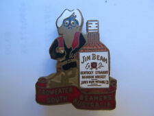 JIM BEAM BOURBON WHISKEY CROWEATER BEAMERS SOUTH AUSTRALIA MEMBERS BADGE c1970