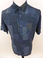 David Taylor Collection Short Sleeve Shirt sz Medium Rayon Geometric