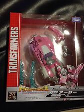 Transformers Takara Legends LG-10 Arcee New Sue Blu Signed Botcon 2015