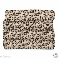 Sunbeam Fleece Heated Throw Cheetah TSF8UP-R906-33A00 Cozy Blanket Heat Settings