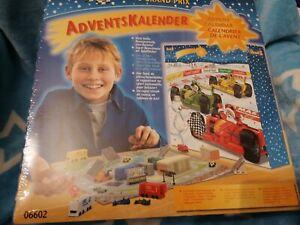 OVP Unbenutzt Revell Adventskalender 06602 Racing Grand Prix 2002 Rennsport Auto