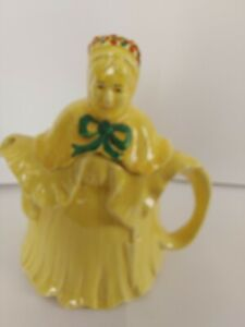 HJ Wood Little Old Lady Teapot