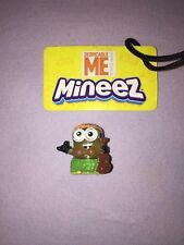 Despicable Me MINEEZ LUAU DAVE #47 ULTRA RARE **NEW LOOSE**