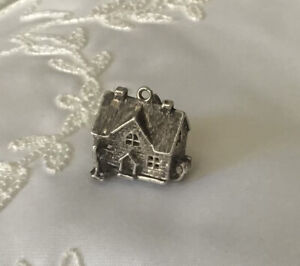 Vintage Sterling Silver Charm 1GPB  in a case C