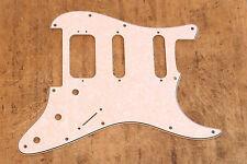 Golpeador White Pearl HSS Stratocaster Floyd Rose Pickguard 3 Capas Humbucker
