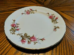 """ROYAL ROSE  Made in Japan 'Moss Rose-Pink Roses' Fine China  DINNER PLATE 1O"""""""