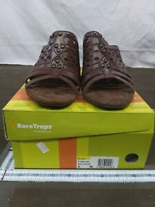 CUTE Womans Size 8M Baretraps Charlisa Sandal Shoes Heels Studs brush brown