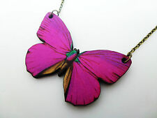 LARGE BEAUTIFUL VIBRANT FUCHSIA PINK WOODEN BUTTERFLY ANTIQUE BRONZE NECKLACE