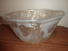 VINTAGE LARGE CLEAR AND FROSTED GLASS FRUIT SERVING BOWL