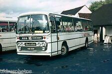 Black & White No.215 UAD315H Bus Photo