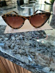 Dune Cat Eye Tortoise Shell Glasses with Dune case NWT