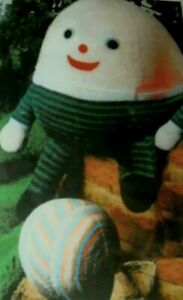 Humpty dumpty , friend and ball vintage toy - knitting pattern