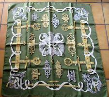 "Foulard carré soie  HERMES ""Ferronnerie""  Savigny Caty silk scarf 1970"
