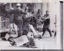 POLICE ATTACK NEGROES in MEMPHIS TN * VINTAGE 1968 CIVIL RIGHTS VIOLENCE photo