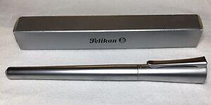 Pelikan R72 Pharo Roller Ball Pen RETIRED HARD TO FIND New Old Stock!