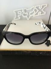 Fox Sunglasses The Eden, Bite It Black With Grey Gradient Lens