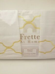 Frette At Home 4 Piece Cal King Sheet Set White / Yellow Trellis 100% Cotton