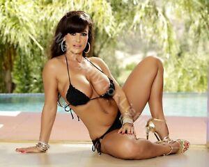 LISA ANN shows her body / High Quality Metallic Finish Photo Print 8x10 Nr 4