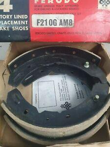 AUSTIN A40 A50 A55    FRONT BRAKE SHOES SET    (** 1956- 57 Only **)