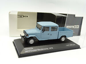 WhiteBox 1/43 - Toyota Land Cruiser Bandeirante Double Cab Pickup bleu 1976