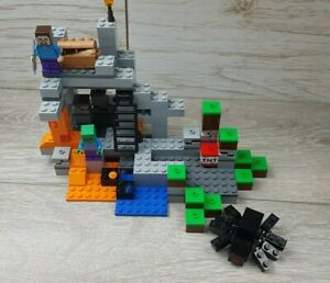 LEGO MINECRAFT Set 21113 THE CAVE nearly complete set