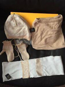 FENDI BABY SET SCARF GLOVES HAT BAG WOOL F0TY2 MITTENS WINTER SIGNATURE PRINT