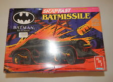 "New Amt / Ertl Batman Returns ""Batmissle"" Snapfast Model Kit R19143"