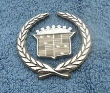 2000-05 CADILLAC CATERA SILVER TRUNK CREST  & WREATH EMBLEM SET