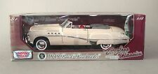 1:18 Motormax 1949 Buick Roadmaster Convertible - Yellow
