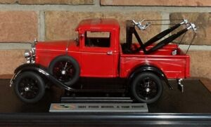 1931 Ford Model A Tow Truck 1:18 Signature Models Red