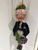 Pelham Puppets Vintage MACBOOZLE SCOTSMAN in very good condition + original box