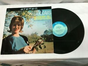"""Skeeter Davis """"Blueberry Hill And Other Favorites"""" Vinyl LP Record Very Good +"""