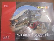 "Faller Bahnsteigbrücke ""Neustadt/Weinstraße"" H0 Plastikbausatz"