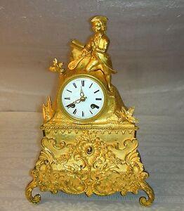 Empire Pendule Uhr Lautenspieler Bronze vergoldet Frankreich 1830 Kaminuhr Clock