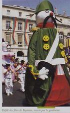 2006  --  DEFILE DES FETES DE BAYONNE OUVERT PAR LE GENDARME  3G497